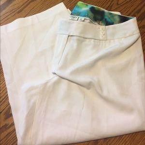 White capri dressy trouser